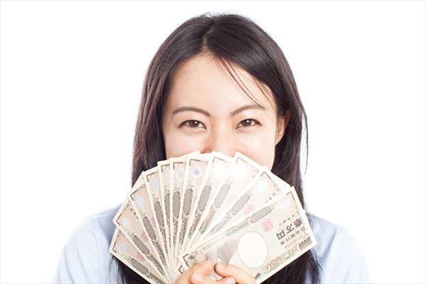 クレジットカード現金化の即日プランを利用した人のイメージ