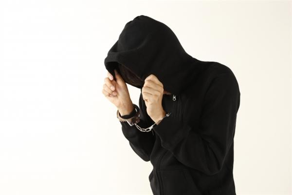 逮捕されたクレジットカード現金化業者のイメージ