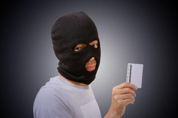 クレジットカード現金化の掲示板は詐欺被害が多発している