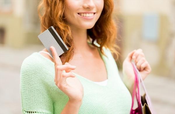 クレジットカード現金化のメリットデメリットを解説