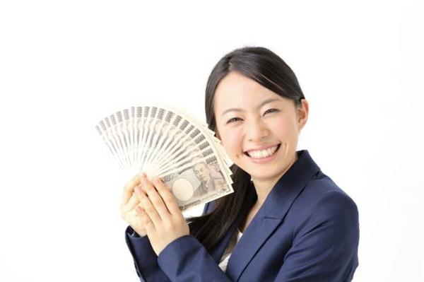 クレジットカード現金化は審査ナシで誰でも使える最強の資金策